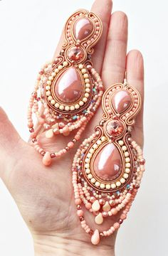 soutache earrings coral rose and peach earrings por AtelierMagia
