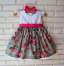 Resultado de imagem para vestido 1 ano aniversario Fashion Kids, Little Girl Fashion, Frock Patterns, Kids Dress Patterns, Simple Dresses, Pretty Dresses, Little Girl Dresses, Girls Dresses, Baby Dresses