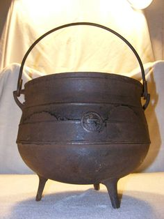 cast iron cooking pot - need one to go over the fire pit I want!