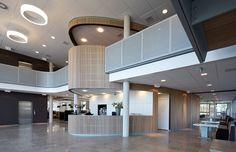 Architektenkombinatie Bos Hofman (Project) - Rabobank Etten-Leur - architectenweb.nl The Hague, Imagines, Indoor, Mansions, Architecture, House Styles, Interior, Houses, Design