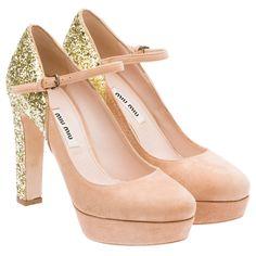 Zapatos de fiesta de Bershka, Jessica Simpson y Miu Miu