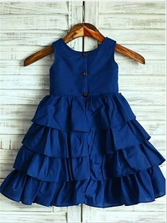 Navy Blue Cotton Cupcake Knee Length Flower Girl Dress - The dress is made of high quality cotton fabric.The listed color is navy blue,many other colors are available as well.The skirt is cupcake style and in knee length.We used 3 wood buttons to de Kids Dress Wear, Girls Blue Dress, Dresses Kids Girl, Girl Outfits, Flower Girl Dresses, Flower Girls, Navy Outfits, Baby Flower, Newborn Outfits