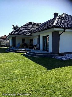 Projekt domu Madera 168,2 m2 - koszt budowy - EXTRADOM Two Story House Design, Two Story Homes, Tiny House Plans, Home Fashion, Shed, Exterior, Outdoor Structures, Mansions, House Styles