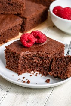 Puszyste ciasto czekoladowe (7 składników) - Wilkuchnia Cake Recipes, Food Porn, Food And Drink, Sweet, Desserts, Food Cakes, Cupcake, Interior, Blog