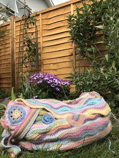 Ripple Bag. Attic24 pattern variation. Bliss, Blanket, Bag, Crochet, Pattern, How To Make, Handmade, Purse, Crocheting