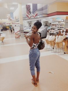 mall cruising // pinterest @filthyannieky