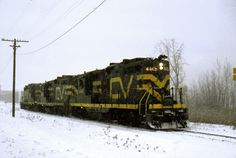 Central Vermont Railway was sold to RailTex in 1995 and renamed the New England Central Essex Junction, Ibm, Vermont, New England, Trains, Train