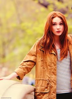 My search for cute haircuts turned into a Karen Gillan fest. She's so cute I can't stand it.