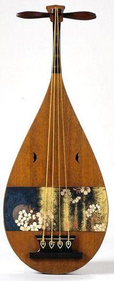 frettedchordophones:  biwa-ka-getsu-花月-19th-century  =Lardys Chordophone of the day - a year ago --- https://www.pinterest.com/lardyfatboy/