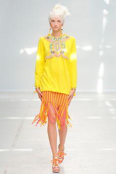 Manish Arora Spring/Summer 2014, Paris Fashion Week.   #parisfashionweek #pfw