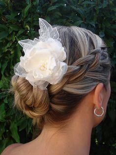 Ivory flower, Bridal hair flower, flower hair clip with Swarovski pearl detail - Style 12