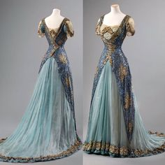 mil curtidas, 107 comentários – The Corseted Beauty ( … - Historical Dresses Vintage Gowns, Vintage Outfits, Beautiful Gowns, Beautiful Outfits, Pretty Outfits, Pretty Dresses, Style Édouardien, Fantasy Gowns, Dress Plus Size