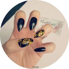 yellow and black paisley stiletto nails www.nailgals.com #stilettonails #glueonnails #pressonnails #falsenails #nailart #naildesigns #paisleynails
