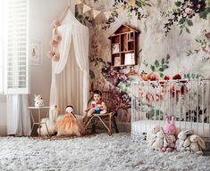 23 Ideas baby bedroom wallpaper quartos for 2019 Childrens Bedroom Wallpaper, Baby Girl Wallpaper, Cute Teen Rooms, Little Girl Rooms, Fairy Bedroom, Girls Bedroom, Bedroom Ideas, Woodland Bedroom, Nursery Inspiration