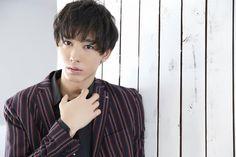 Kondou Shouri (Kuroo) Haikyuu Live Action, Adore U, Stage Play, Japanese Men, Kuroo, Cute Drawings, Pretty Boys, Boyfriend, Handsome