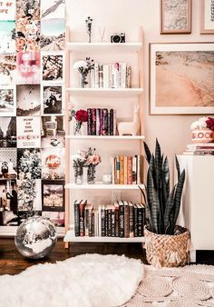 Wohnzimmer Regal Styling-Ideen Living room shelf styling ideas room This image. Living Room Shelves, New Living Room, Tumblr Rooms, Cute Room Decor, Aesthetic Room Decor, Room Goals, Dream Rooms, My Room, Bedroom Decor