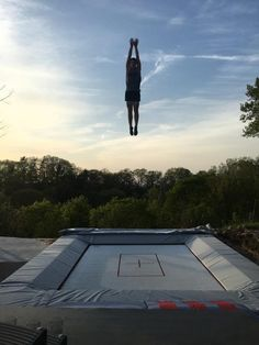 This x Trampoline was installed with a beautiful view! Gymnastics Trampoline, Outdoor Trampoline, In Ground Trampoline, Trampoline Ideas, Trampolines, Farm Layout, Gymnastics Training, Sports Complex, Ideas