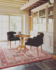 #carpet #rug #design #home #house #dywan #wykładzina #poznan #polska Dining Bench, Dining Chairs, Carpet, Rugs, House, Furniture, Design, Home Decor, Farmhouse Rugs