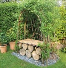 obsessed with living willow sculptures