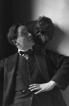 """""""Harley Granville-Barker and Cat"""" (1877-1946, English actor-manager, director, producer, critic and playwright)  Photo: E.O. Hoppé (1878 - 1972) England - London, 1912"""