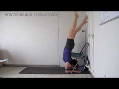 Uso de la silla en Yoga Iyengar - YouTube