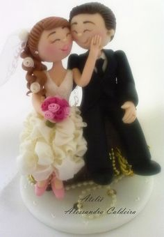 Bride and groom 1 Polymer Clay Figures, Fondant Figures, Fondant Cakes, Wedding Cake Toppers, Wedding Cakes, Vow Renewal Cake, Disney Cake Toppers, Love Cake Topper, Clay Baby