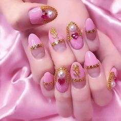 Image discovered by Agnes ♡. Find images and videos about fashion, cute and pretty on We Heart It - the app to get lost in what you love. Sailor Moon Nails, Les Nails, Korean Nails, Crazy Nail Art, Shoe Nails, Kawaii Nails, Types Of Nails, Perfect Nails, Nails Inspiration