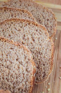 Nocny chleb pszenno - żytni Bread Rolls, Banana Bread, Good Food, Food And Drink, Healthy Recipes, Baking, Breakfast, Breads, Fitness