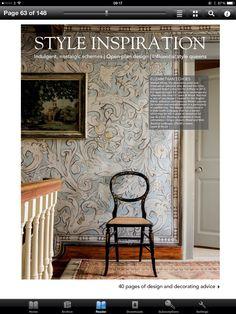 Very interesting wallpaper in elizabethan style