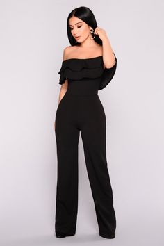 Fashion Nova Black Jumpsuit Small Ready To Ruffle Jumpsuit Cute Outfit Classy Outfits, Chic Outfits, Dress Outfits, Fashion Outfits, Jeans Fashion, Formal Jumpsuit, Ruffle Jumpsuit, Prom Jumpsuit, Strapless Jumpsuit