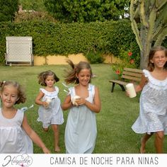 Camisa de Noche para Niñas  Fresca camisa para niñas, ideal para las fiestas de pijama. ...
