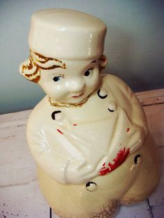I love Vintage Cookie Jars!