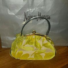 STUNNING GLENDA GIES  HANDBAG Audrey  Hepburn  meets JAKE KENNEDY   classic statement bag   Never used.. sea foam green color glenda gies  Bags Satchels