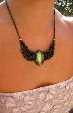 Gentle macrame necklace with labradorite via Etsy