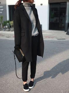 rouge manteau noir beau manteau manteaux fringues tenue tendance petites tenues mode froid col roul