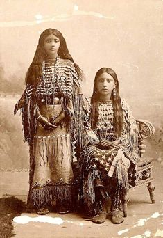 Iowa girls    ca. 1890. Photo by C.C. Stotz