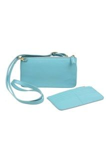 Small shoulder bag, shiny textured leather with zip closing and adjustable belt. Inside there is a zip wallet for money and cards, in exactly the same color as the bag. Lined with Carla Rossini signature textile. Size: (H) x (W) Zip Wallet, Small Shoulder Bag, Turquoise, Belt, Money, Cards, Leather, Collection, Color