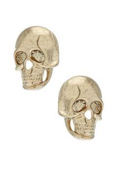 skull studs