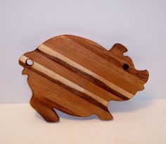 Fancy Pig Cutting Board. Beautiful wood laminate.