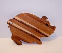 Fancy Pig Cutting Board. Beautiful wood laminate.