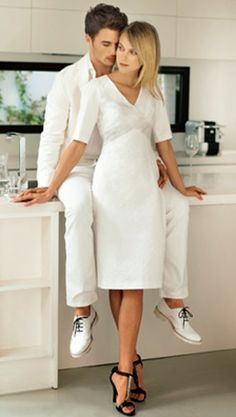 Bettinael.Passion.Couture.Made in france: FASHION STYLE : LE BLANC, Couleur indémodable, Chic!Chic! #burda #pattern #diy #couture #robe. . BOARD: https://fr.pinterest.com/bettinael/happy-diy/https://fr.pinterest.com/bettinael/happy-diy/