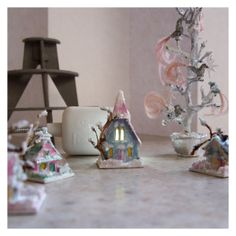 open-house-miniatures-christmas-2015-glitter-houses-and-bird-tree