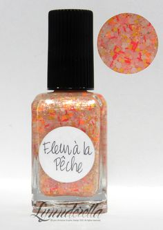 Lynnderella Limited Edition — Fleur à la Pêche is a super shimmering (warm pink) concoction of pastel pink, white, yellow, orange neon, deep coral and iridescent glitters in subtle translucent peach base.