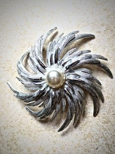 Silver and Pearl vintage starburst brooch Large Sarah
