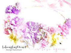 Blumenkranz Blumenkrone **NATALIE** in love again von Lebenslust2in1 onlineshop news collection - #flowercrowns von www.lebenslust2in1.de @lebenslust2in1  #headpiece #flowercrowns #bride #wedding #vintagestyle #bohemian #flowers #onlineshop #tiara #dirndl #kopfschmuck #haarschmuck #accessories #coachella #festivaloutfit #bohostyle #summerfashion #spring2016 #newcollection #germany #deutschland #Bayern #bavaria #brautschmuck