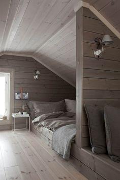 100 incredible loft bedroom interior ideas www.futuristarchi – Sovrum Diy - My CMS Attic Bedroom Designs, Bedroom Loft, Home Decor Bedroom, Bedroom Ideas, Design Bedroom, Diy Bedroom, Bed Design, Attic Spaces, Attic Rooms