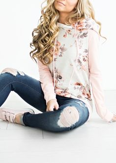 Baseball Oatmeal Floral Hoodie, fashion, style, womens fashion, winter fashion, fall fashion, ootd, jessakae, hair, blonde hair, curly hair, makeup
