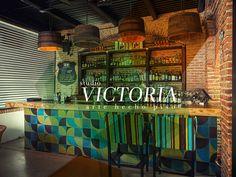 Mosaico de pasta Studio Victoria. Modelo Quattro Proyecto: Cantina La Comisaría.  Guadalajara, Jalisco México.  Diseño mosaicos: División de diseño Studio Victoria