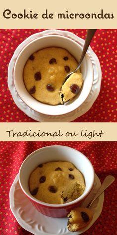 Cookie de microondas - pronto em  questão de segundos. Receita adaptável,pode ser light ou não.