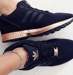 Adidas originali colore mimetico nmd rt scarpe che cosa indossare.